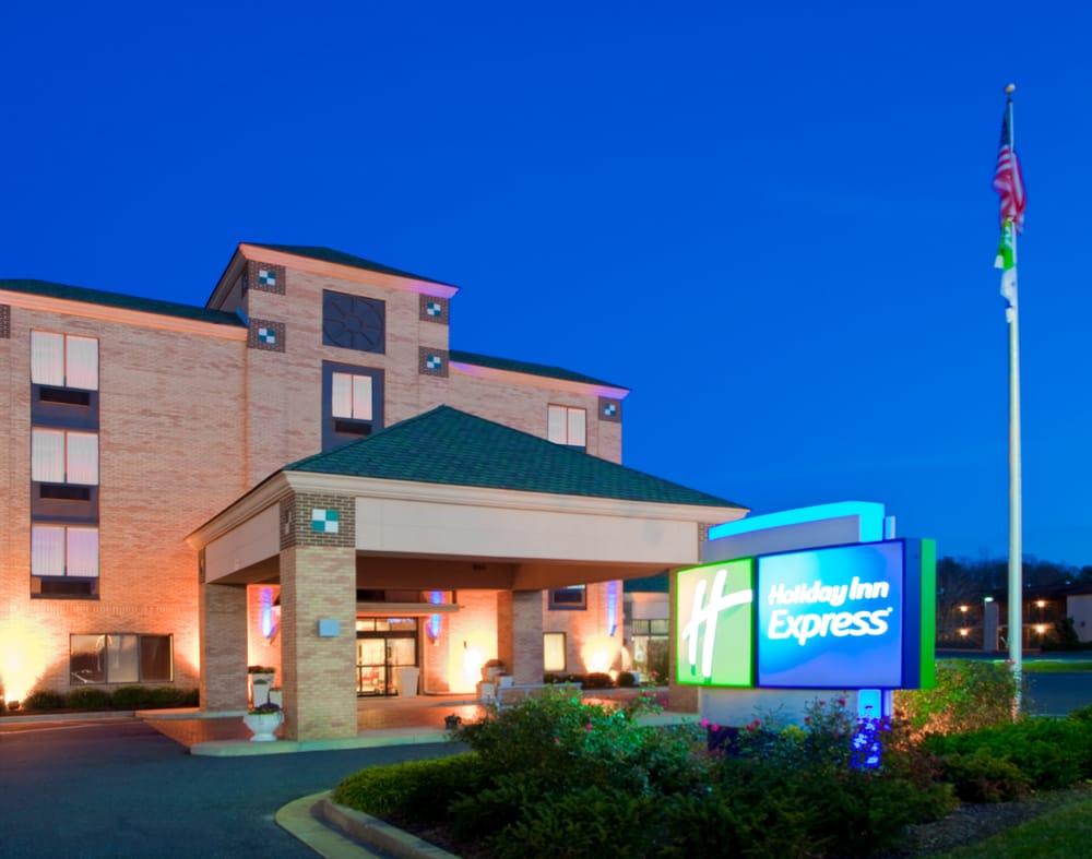 Holiday Inn Express Easton: 8561 Ocean Gateway Rte 50, Easton, MD