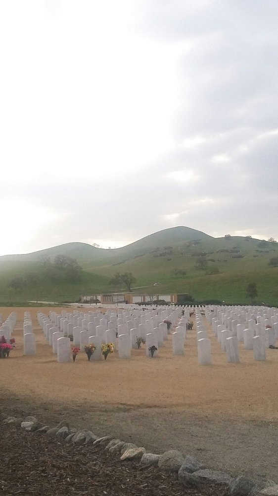 Bakersfield National Cemetery: 30338 E Bear Mountain Blvd, Arvin, CA
