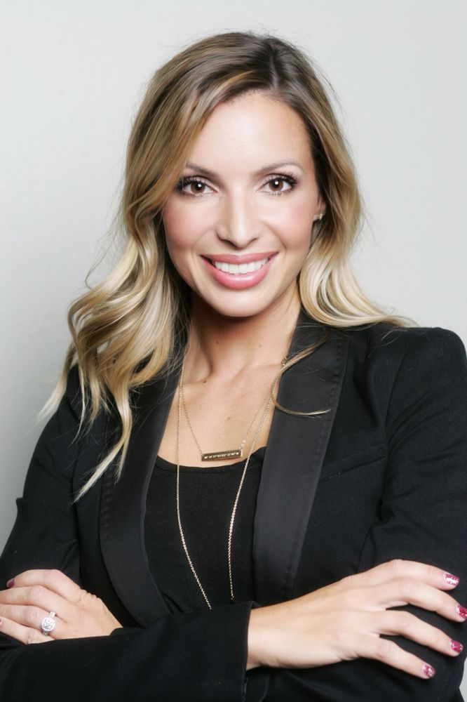 Mandy Phillips - Vista Real Estate: 3645 Eureka Way, Redding, CA