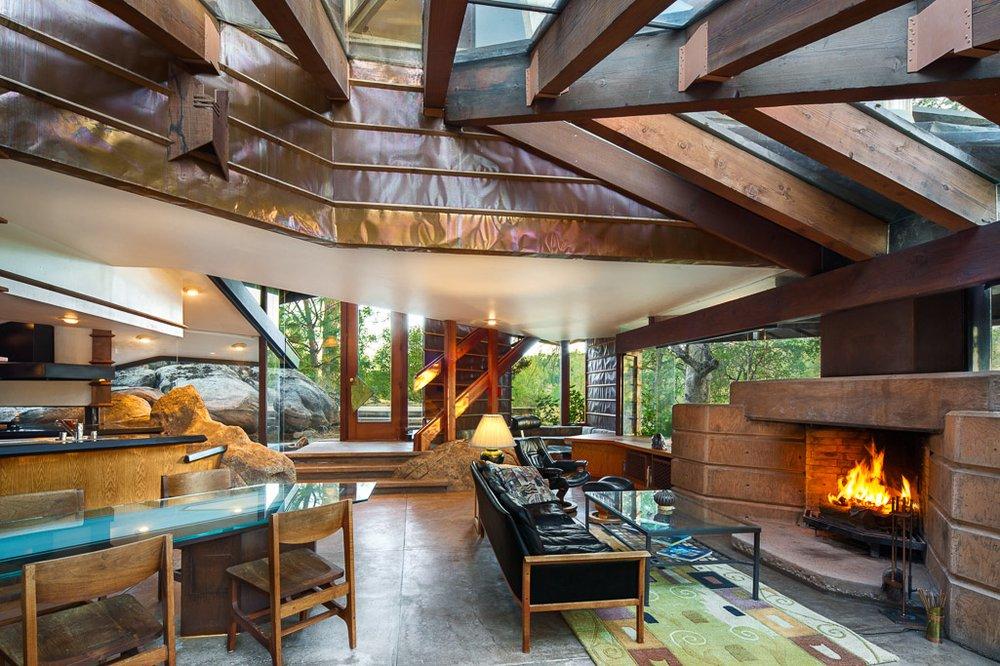 Fresno Modern Real Estate