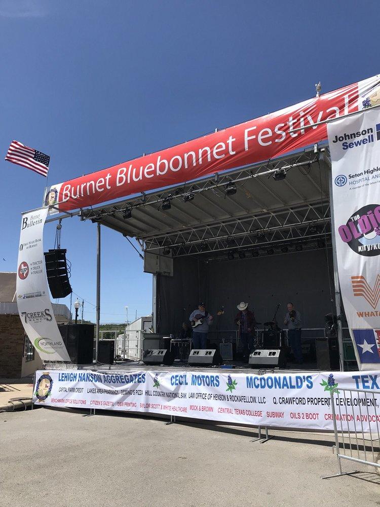 Bluebonnet Festival: 101 N Pierce St, Burnet, TX