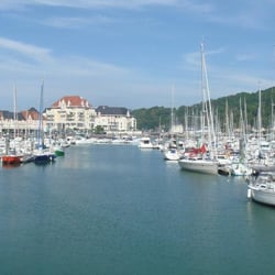 R sidence port guillaume location de vacances dives - Location dives sur mer port guillaume ...