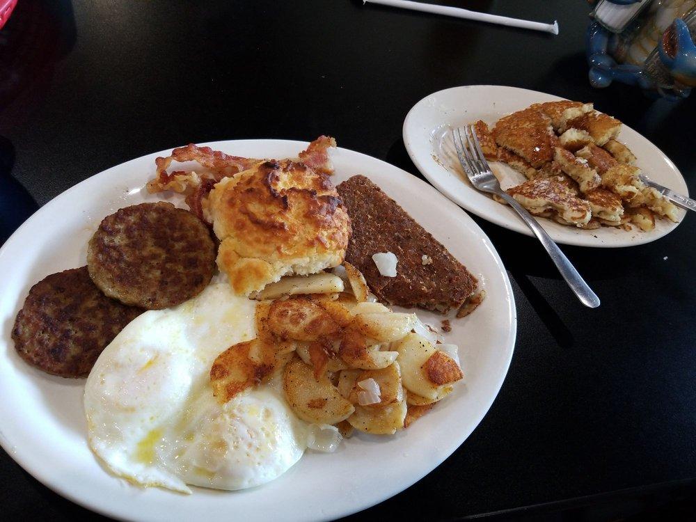 Drift Diner: 1468 Snug Harbor Rd, Shady Side, MD