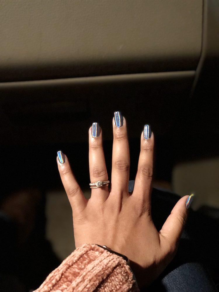 Classique Nails: 429 Wall Blvd, Gretna, LA