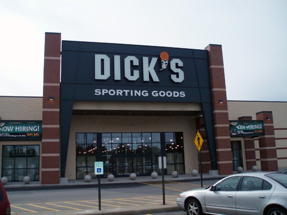 DICK'S Sporting Goods: 675 Rte 18, Monaca, PA