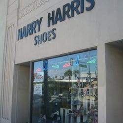 Best Kids Shoe Stores In Los Angeles, CA