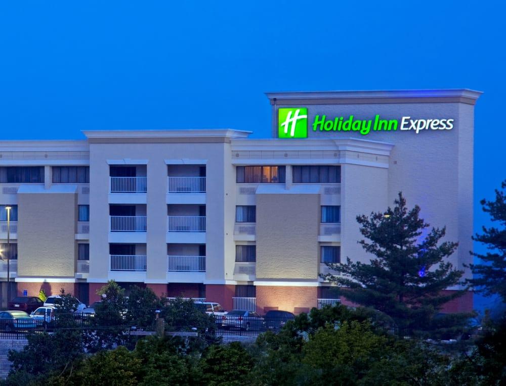 Holiday Inn Express Cincinnati West: 5505 Rybolt Rd, Cincinnati, OH