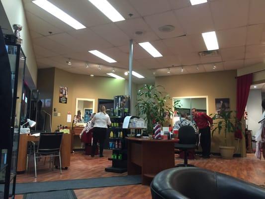 Coiffure Salon De La Gare – So Montréal
