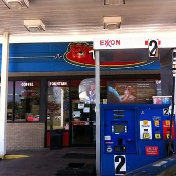 Exxon Tiger Mart - Corner Shops - I-40 Highway 64 W ...