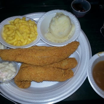 Photo Of Willie Moore S Family Restaurant Memphis Tn United States Catfish With