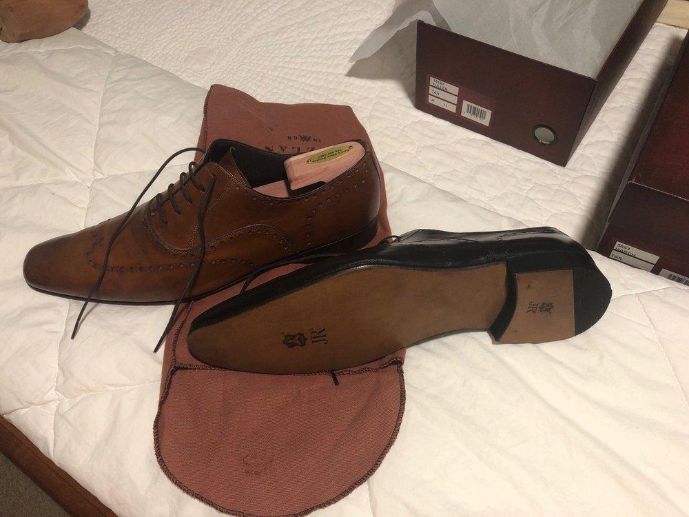 Sam's Shoe Service - 28678 Telegraph Rd, Southfield, MI