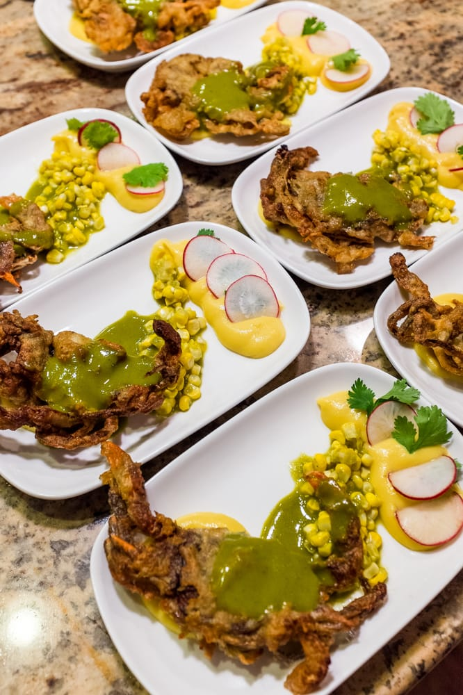 Soft shell crab sweet corn and tomatillo yelp for Ampersand chicago