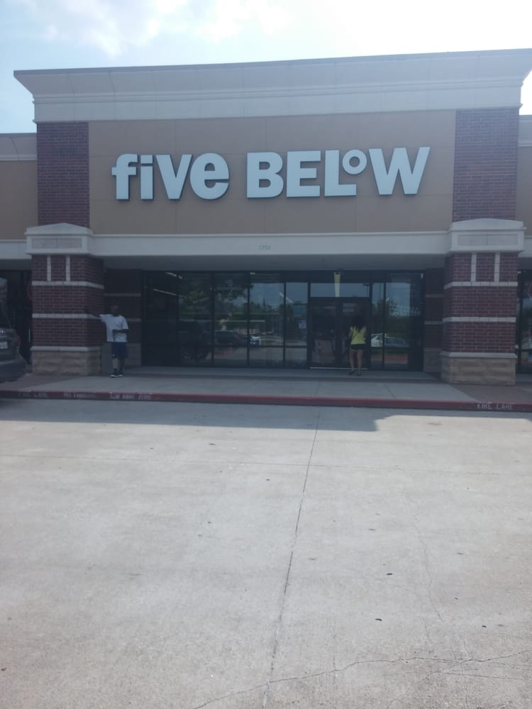 Five Below: 5754 Hwy 6, Missouri City, TX