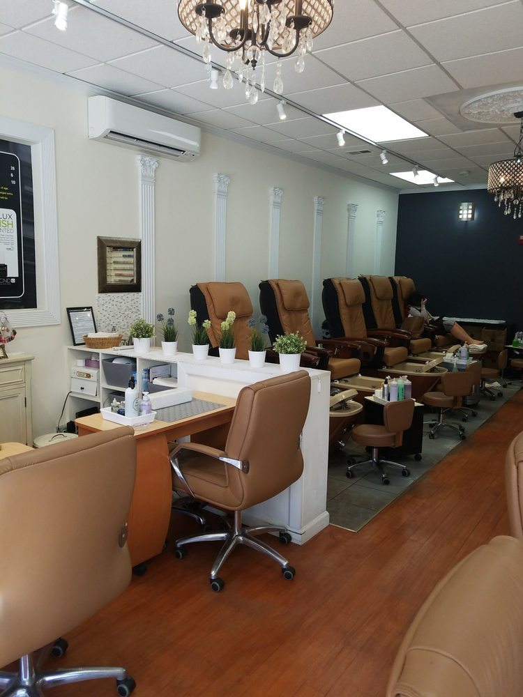 Soho nails nail salons 389 bloomfield ave caldwell for A list nail salon bloomfield nj