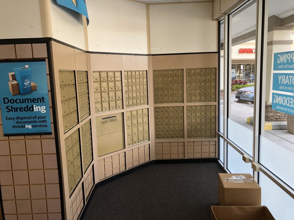 The UPS Store: 3433 Lithia Pinecrest Rd, Valrico, FL