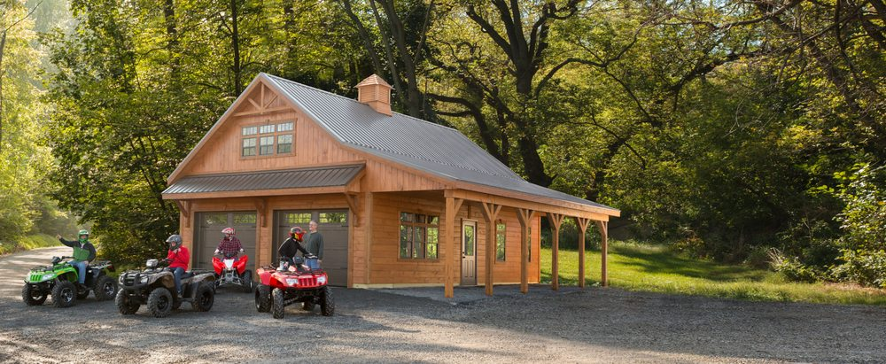Weaver Barns: 1696 State Route 39, Sugarcreek, OH