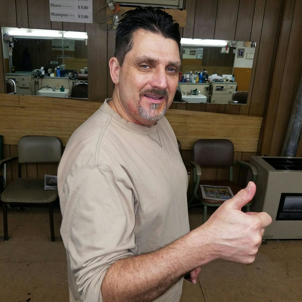 Potts Barber Shop: 21324 Catawba Ave, Cornelius, NC