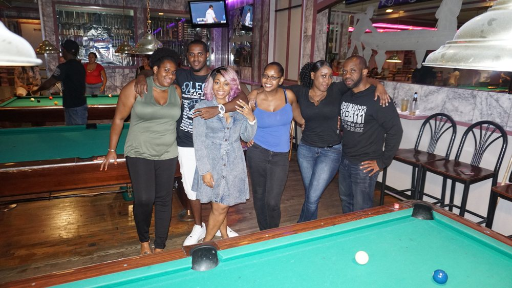 Park Billiards & Cafe: 2020 White Plains Rd, Bronx, NY