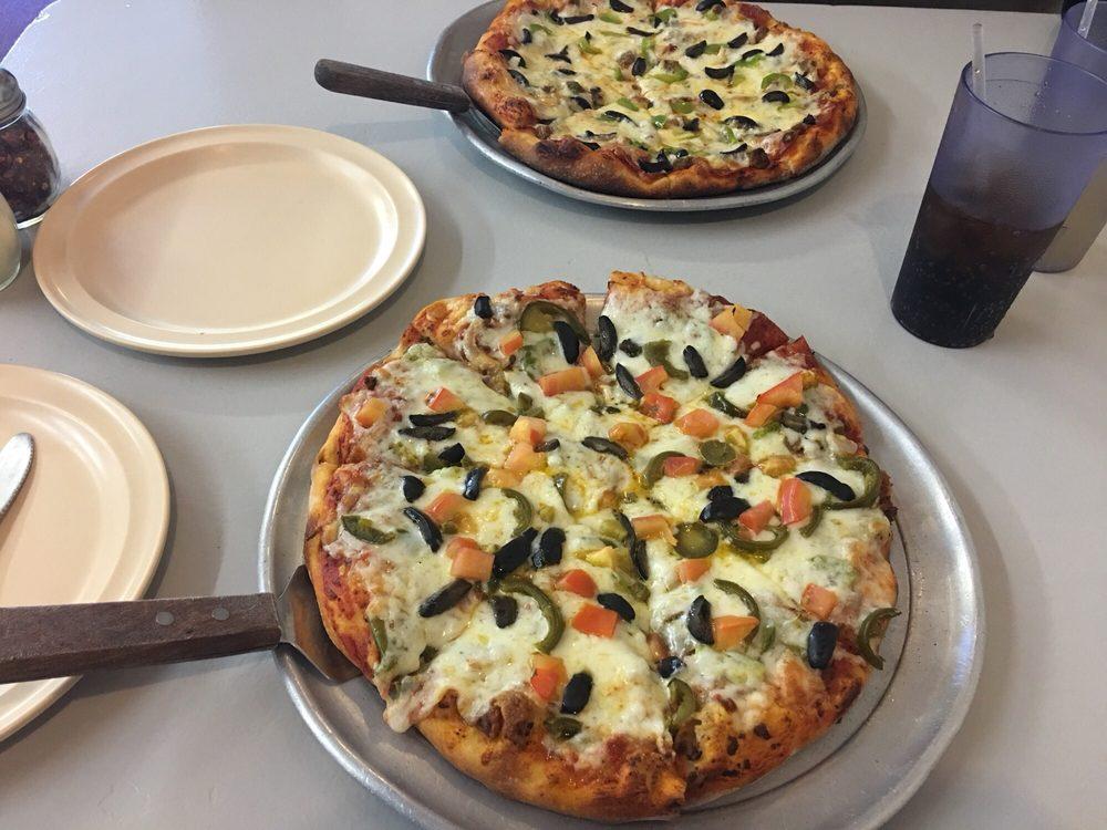 Wagon Wheel Pizza: 164 S Main, Monticello, UT