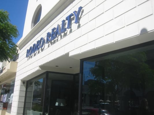 Rodeo Realty Closed 166 N Canon Drive Beverly Hills