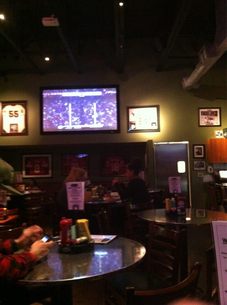 Beyond the glory 43 photos 209 reviews sports bars for Food bar petaluma