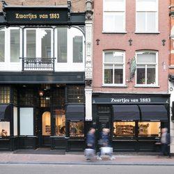 56b611a21ad Foto van Zwartjes van 1883 - Amsterdam, Noord-Holland, Nederland.  Utrechtsestraat 123. Utrechtsestraat 123 - herenschoenen