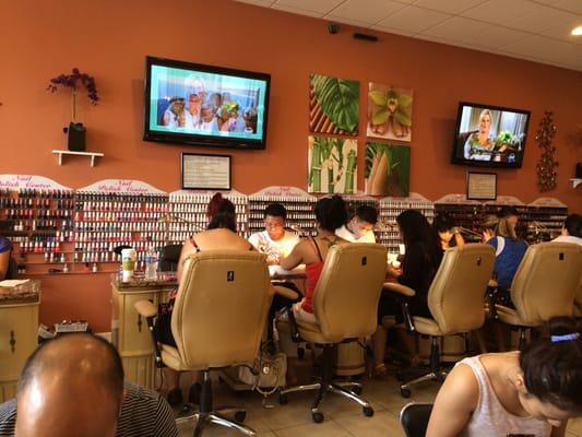 Nail Art Spa 2300 N Randall Rd Unit C Elgin Il Manicurists Mapquest