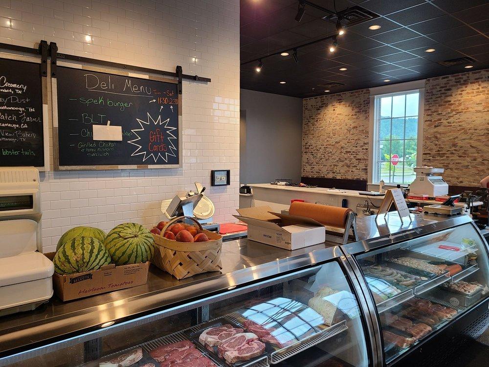 Spek Artisan Meats: 9469 Bradmore Ln, Ooltewah, TN