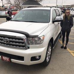 Cedar Falls Car Dealerships >> Dan Deery Toyota 11 Photos 11 Reviews Car Dealers 7404