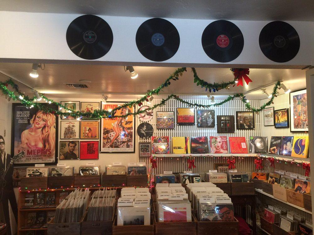 Murphy's Vinyl Shack: 5285 Carpinteria Ave, Carpinteria, CA