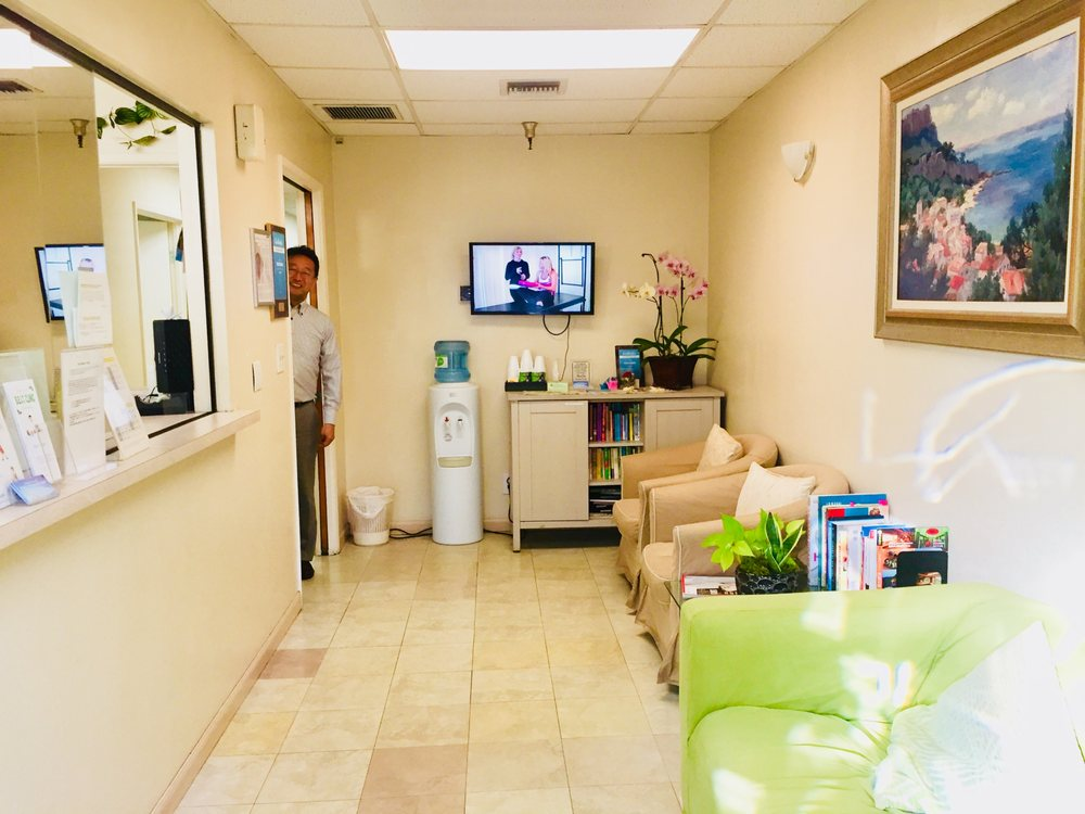 BEST Chiropractic Clinic: 430 E 2nd St, Los Angeles, CA