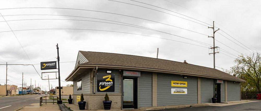 3Fifteen - Flint: 3401 Corunna Rd, Flint, MI
