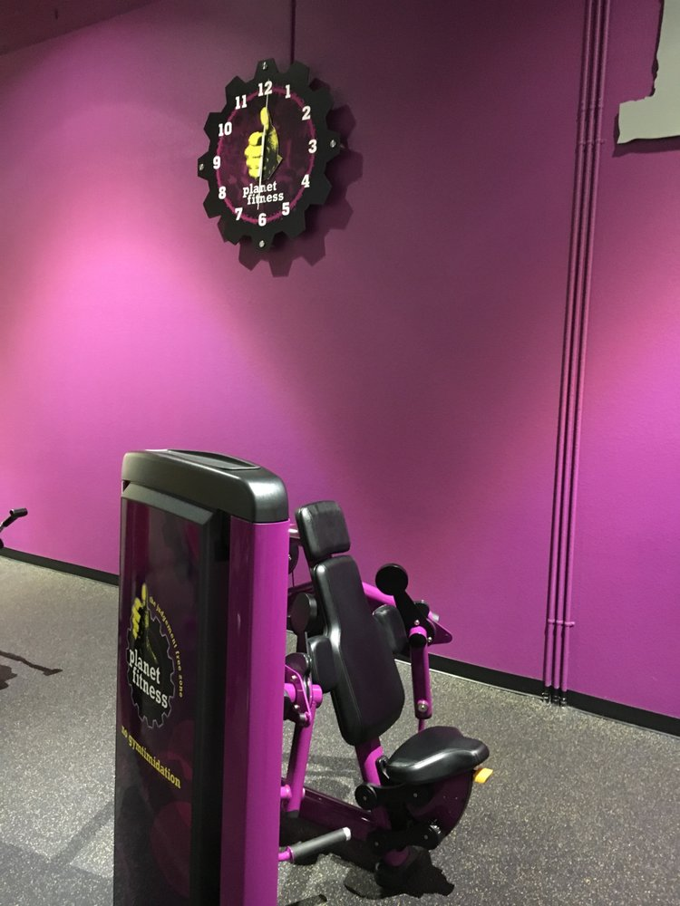 Planet Fitness - Beloit: 1827 Prairie Ave, Beloit, WI