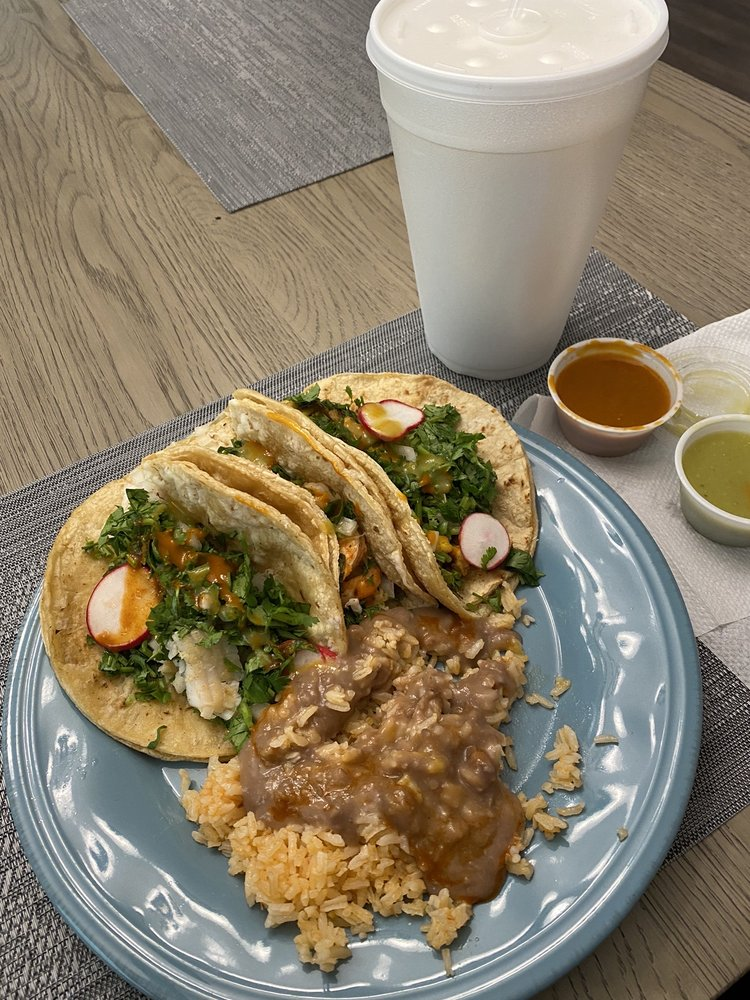 Taco's Tacos: 2437 Hancock Dr, Buford, GA