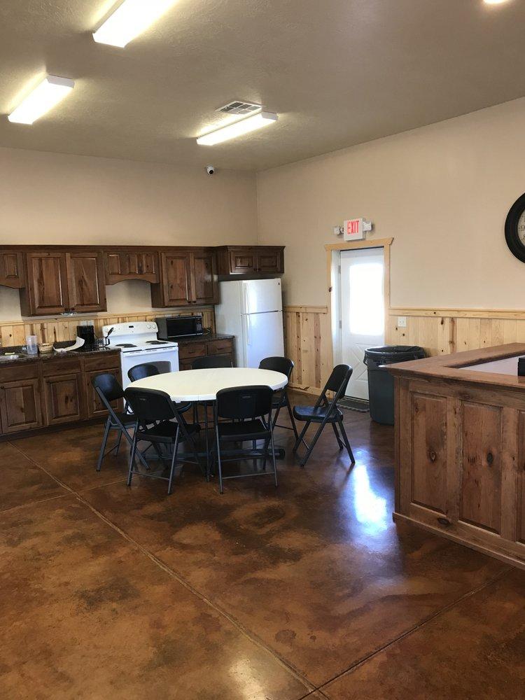 Kaibab Paiute RV Park: 2 N Pipe Springs Rd, Fredonia, AZ