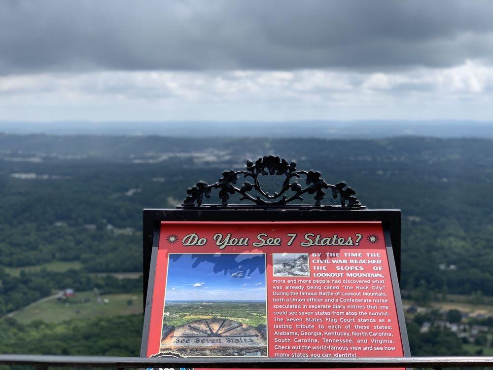 Rock City Gardens: 1400 Patten Rd, Lookout Mountain, GA