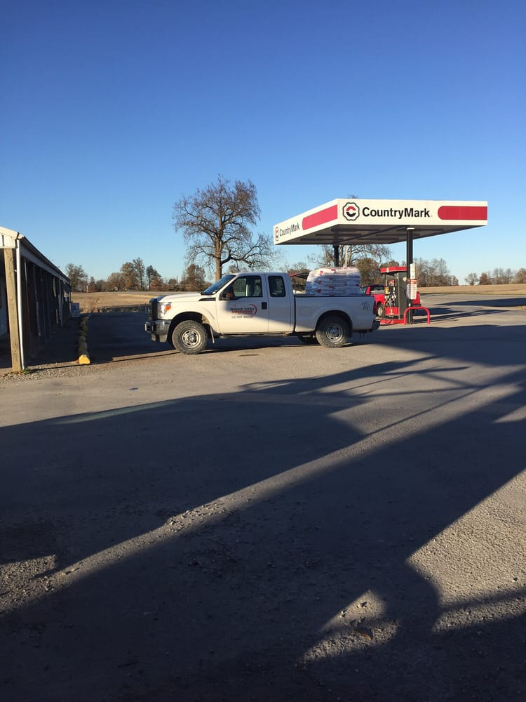 Hunt's Hardware and Grocery: Hwy 142, Dale, IL
