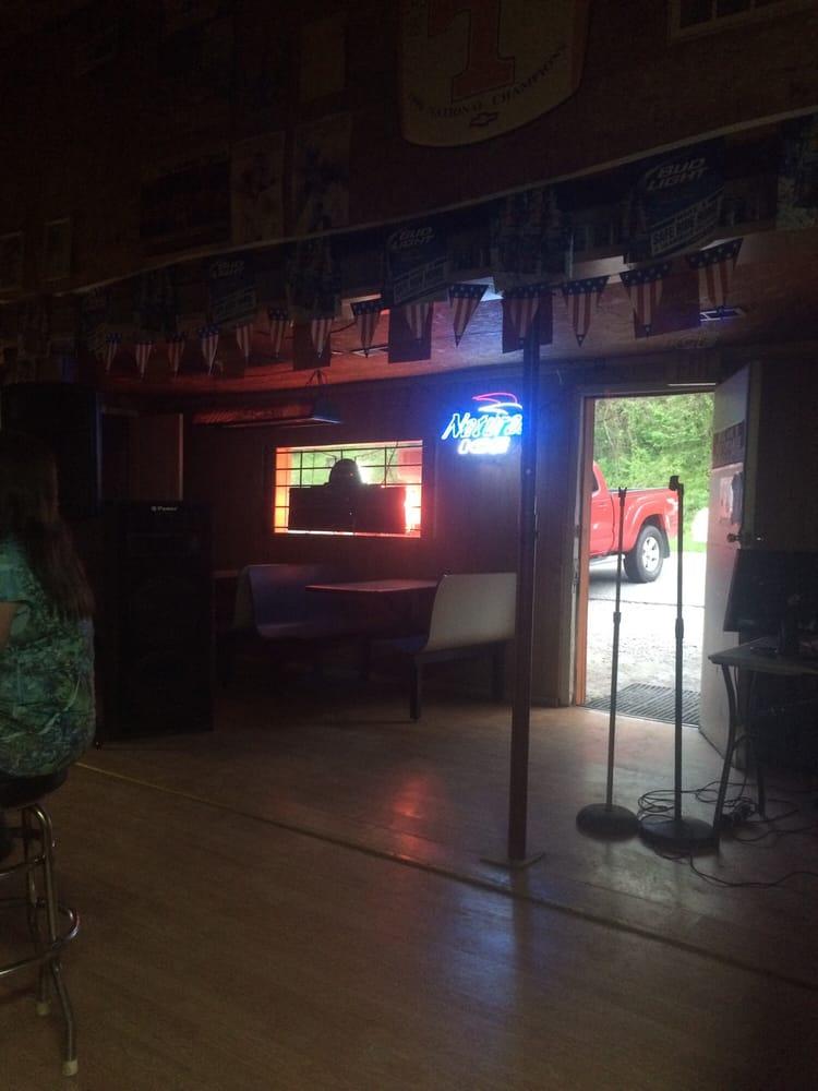 Big Orange: 330 John McGhee Blvd, Caryville, TN