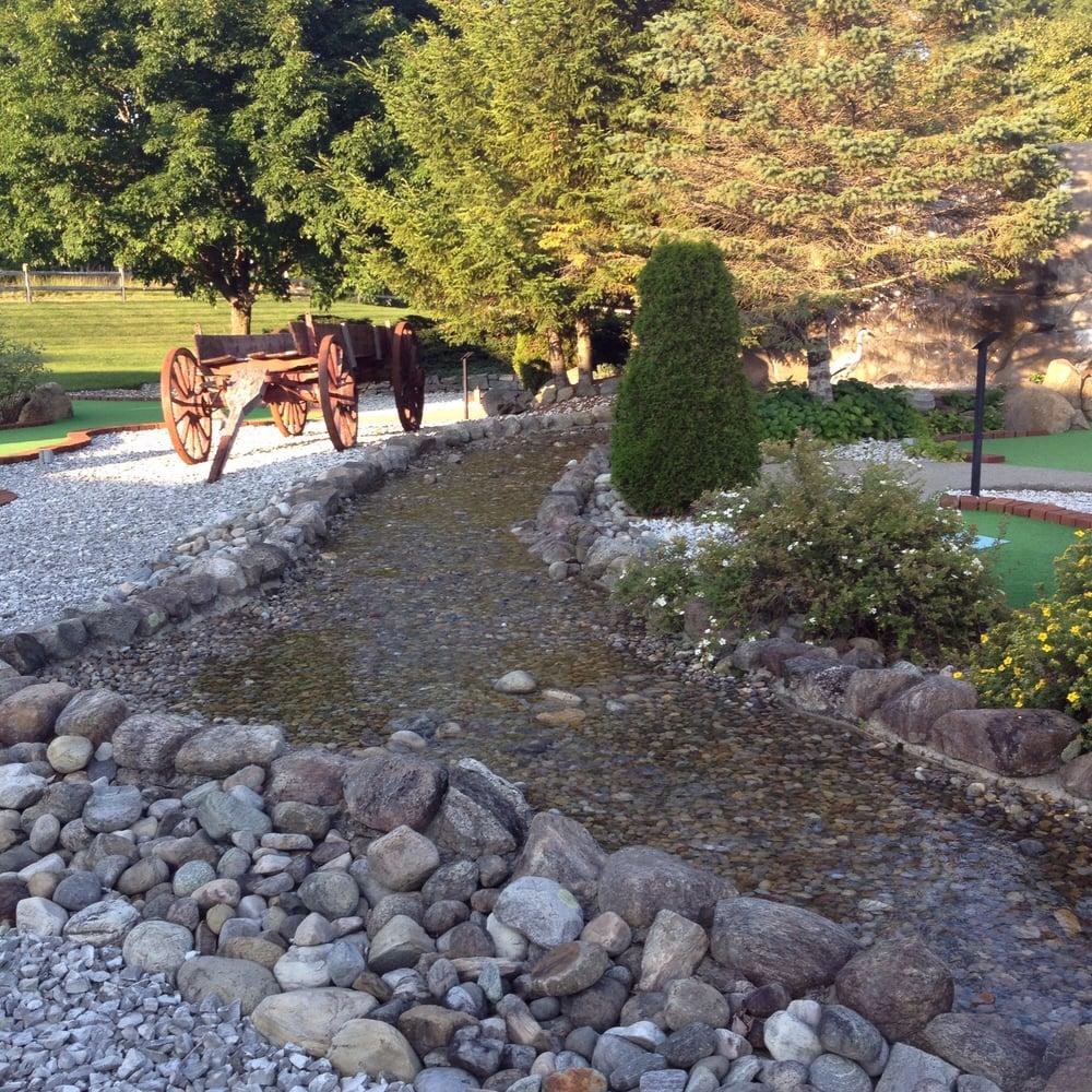 Adirondack Golf: 530 Lake Ave Rt 9N, Lake Luzerne, NY