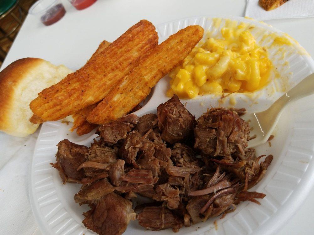 Aunt Bea's BBQ: 125 N Main St, Hillsville, VA