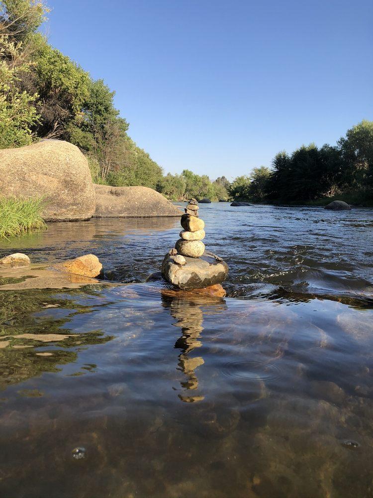 Mountain & River Adventures: 15775 Sierra Way, Kernville, CA