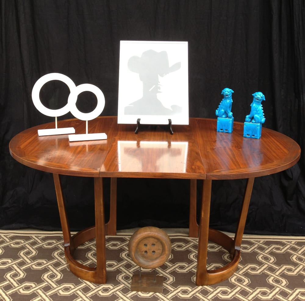 Dining Table With Turquoise Foo Dogs