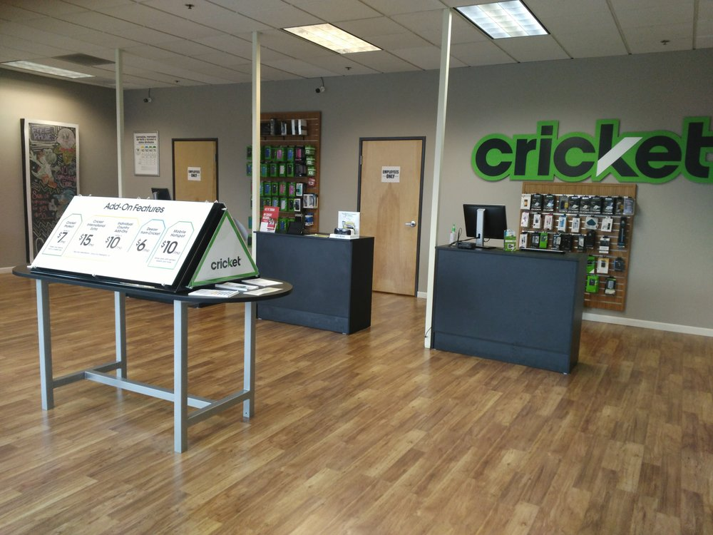 Cricket Wireless Authorized Retailer - 7825 N Lombard St