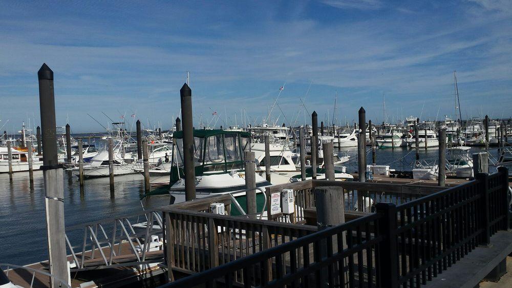 Atlantic Highlands Municipal Marina: 2 Simon Lake Dr, Atlantic Highlands, NJ