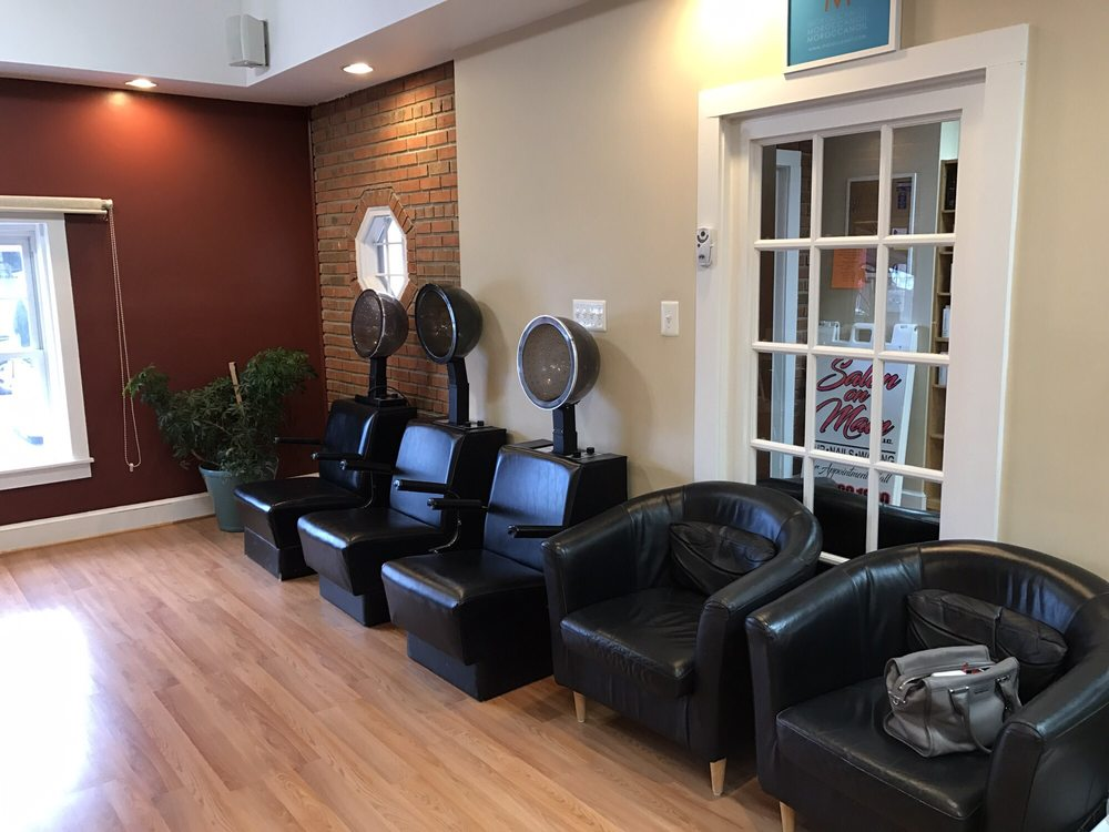 Salon on Main: 217 E Main St, Remington, VA