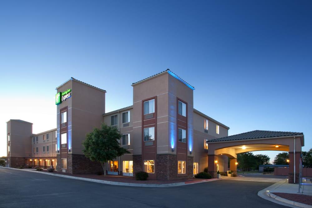 Holiday Inn Express Albuquerque N - Bernalillo: 119 Bell Ln, Bernalillo, NM