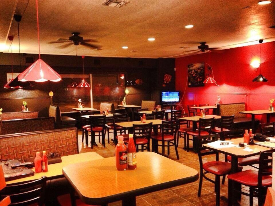 Yoshi's Seafood & Grill: 1874 E Garrison St, Eagle Pass, TX
