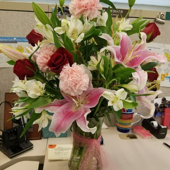 Photo of Beckys Flowers - Roseville, CA, United States. Valentine's bouquet