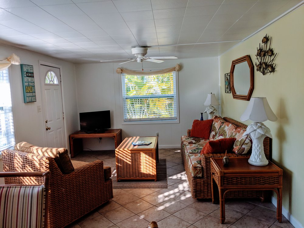 Tropical Winds Motel