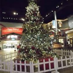 Christmas casino rising star